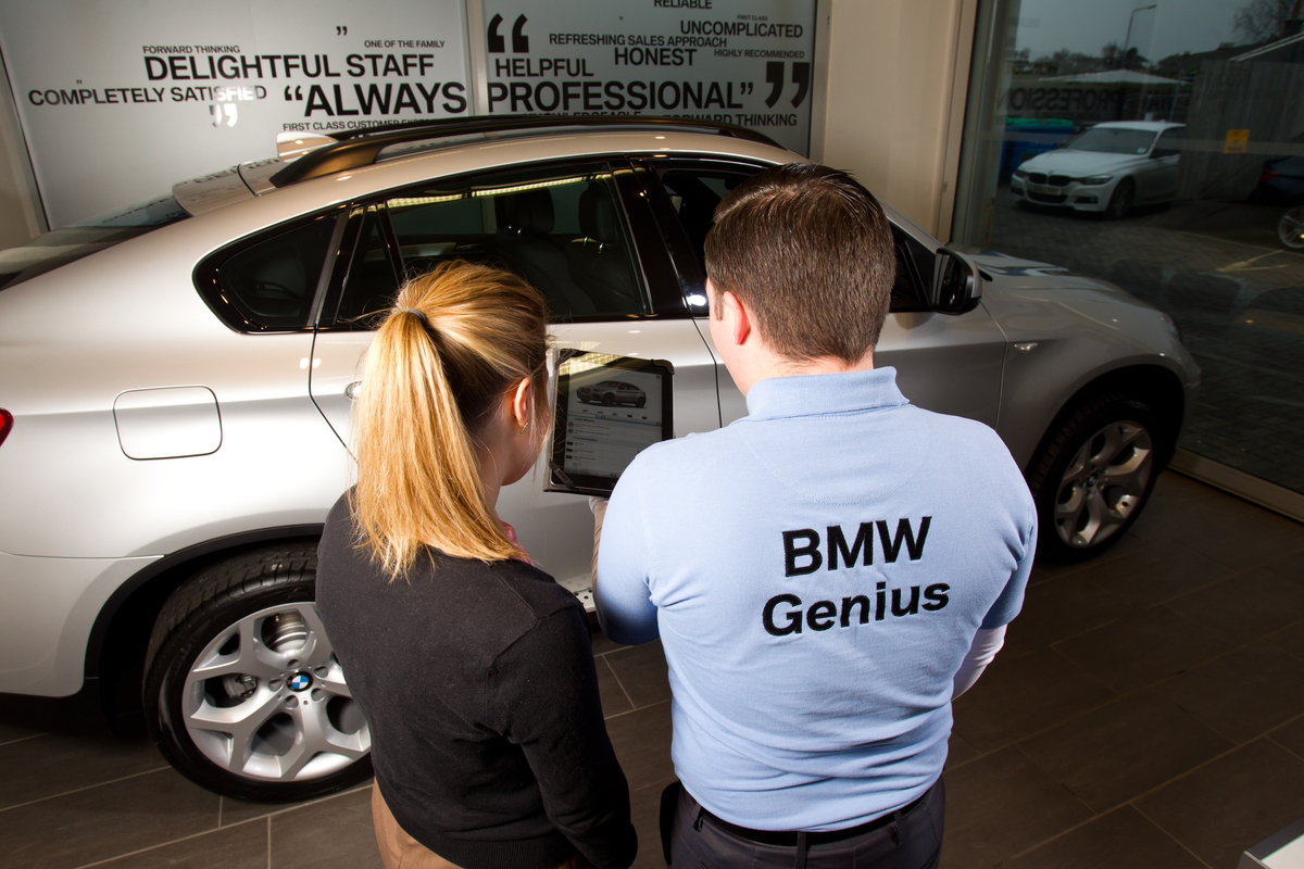 BMW Product Geniuses Set The Standard for Building Trust With Customers