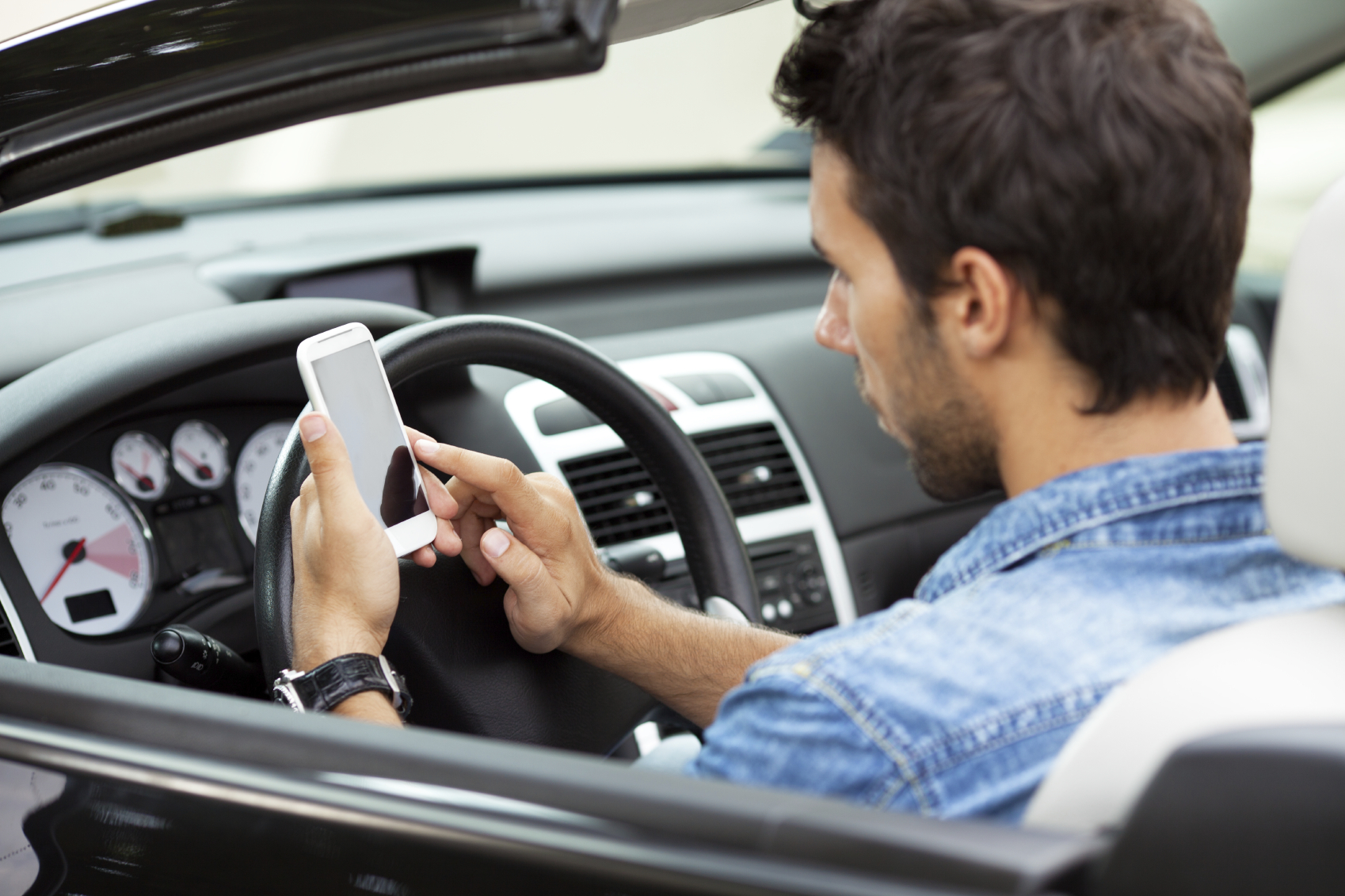 We Use Our Phones for Everything Else… Why Not Use It to Buy a Car?