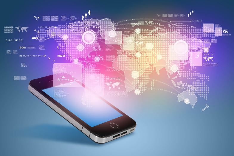 How Dealerships Can Leverage Mobile Commerce Trends